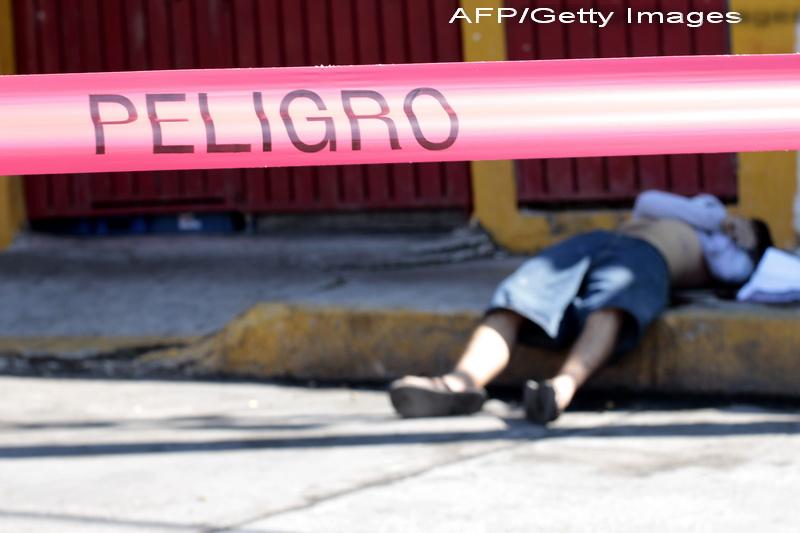 Un paradis turistic a devenit unul dintre cele mai violente orase din lume. Imagini socante de pe strazile din Acapulco