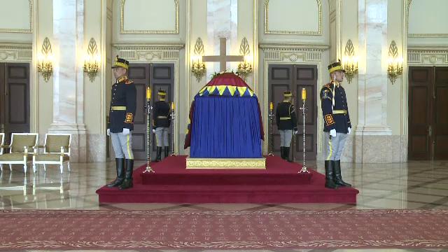 Romanii ii aduc un ultim omagiu Reginei Ana. Ce membri ai familiilor regale din Europa vor fi prezenti la funeralii, sambata
