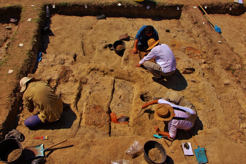 Cel mai vechi obiect de aur din lume a fost descoperit in Bulgaria. Civilizatia