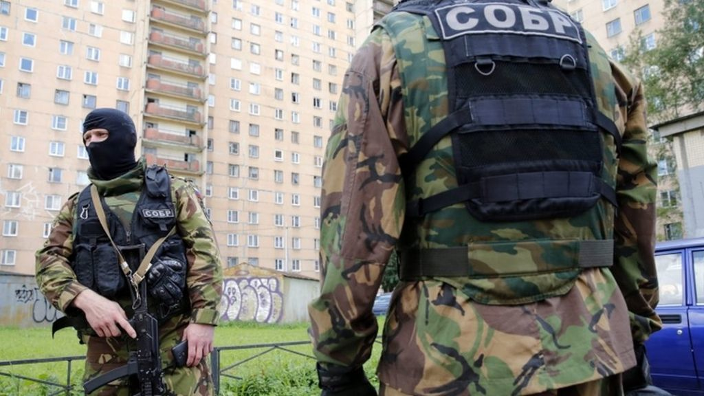 Trei morti si doi raniti la est de Moscova intr-un atac armat asupra unui post de politie
