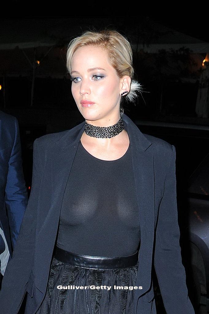 Ea are 26 de ani, el are 47 de ani. Jennifer Lawrence ar avea o relatie amoroasa secreta cu un cunoscut regizor. FOTO