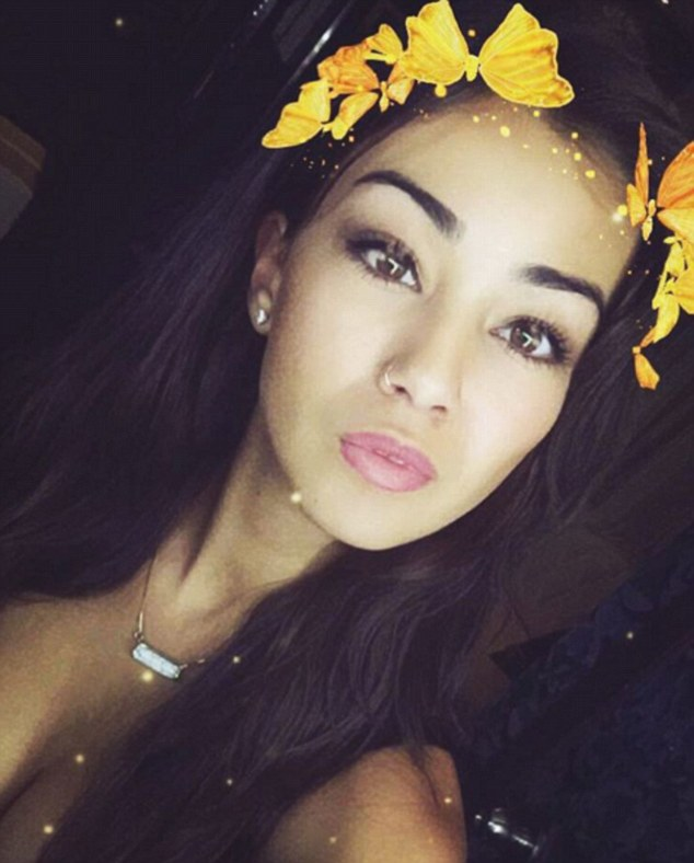 O tanara de 21 de ani a murit dupa ce a fost injunghiata la un hotel din Australia. Atacatorul ar fi strigat