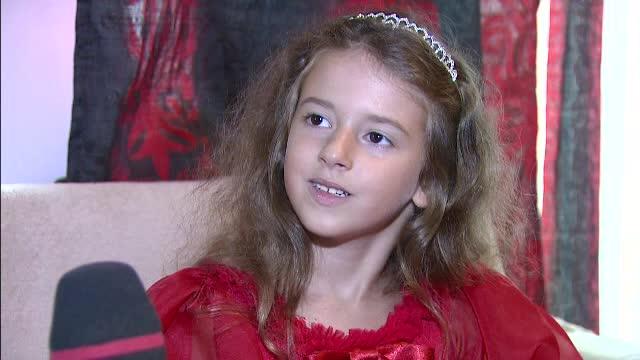 La numai 6 ani, o fetita din Romania va merge in Grecia sa se lupte pentru