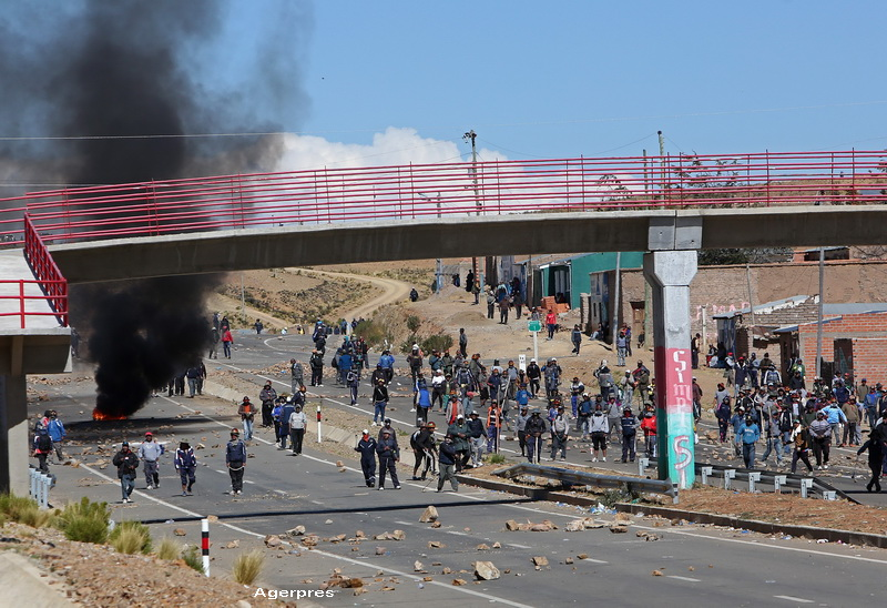 Adjunctul ministrului de interne din Bolivia, rapit si ucis in bataie de mineri in timpul unor proteste: