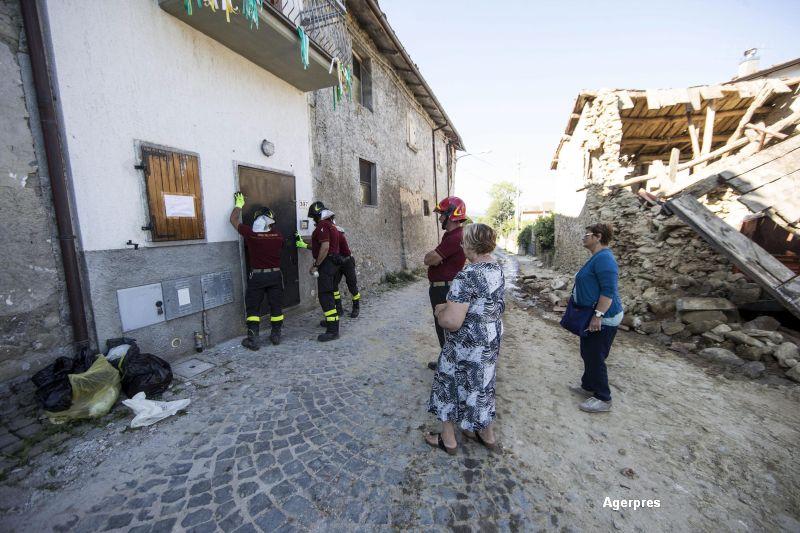 Doi romani, arestati in Italia dupa ce ar fi furat din casele afectate de cutremur. Suma stransa de ei pe seama tragediei