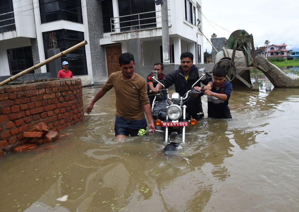 Inundaţii catastrofale în Nepal: 47 de morţi, sute de localităţi sub ape