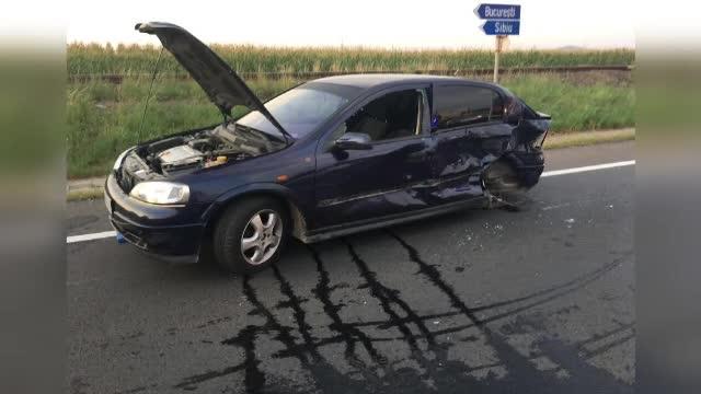 Două femei gravide, rănite într-un accident pe DN1