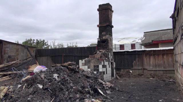 """Au nevoie de ajutor după ce le-a ars casa: """"Am ramas cu hainele de pe noi"""""""
