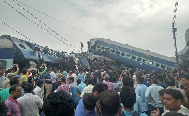 Tren deraiat în India: 23 de morţi şi 150 de răniţi