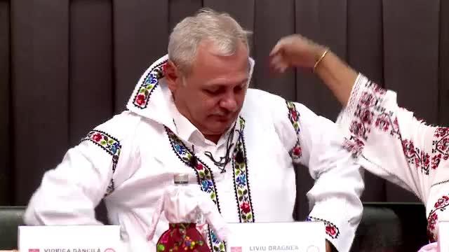 Dragnea şi Fuego le-au emoţionat pe femeile din PSD