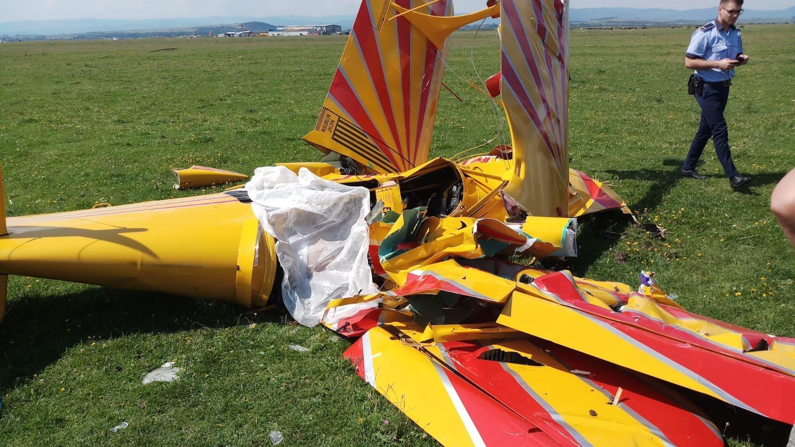 Starea pilotului rănit în accidentul aviatic din judeţul Suceava este uşor ameliorată