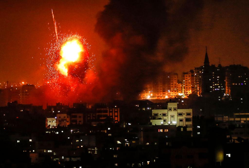 Raid aerian israelian în Fâșia Gaza. O mamă și fetița ei au fost ucise