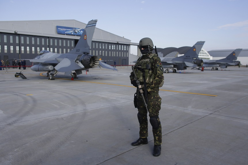 România va mai cumpăra 36 de avioane F-16. Ar putea fi modernizate în ţara noastră