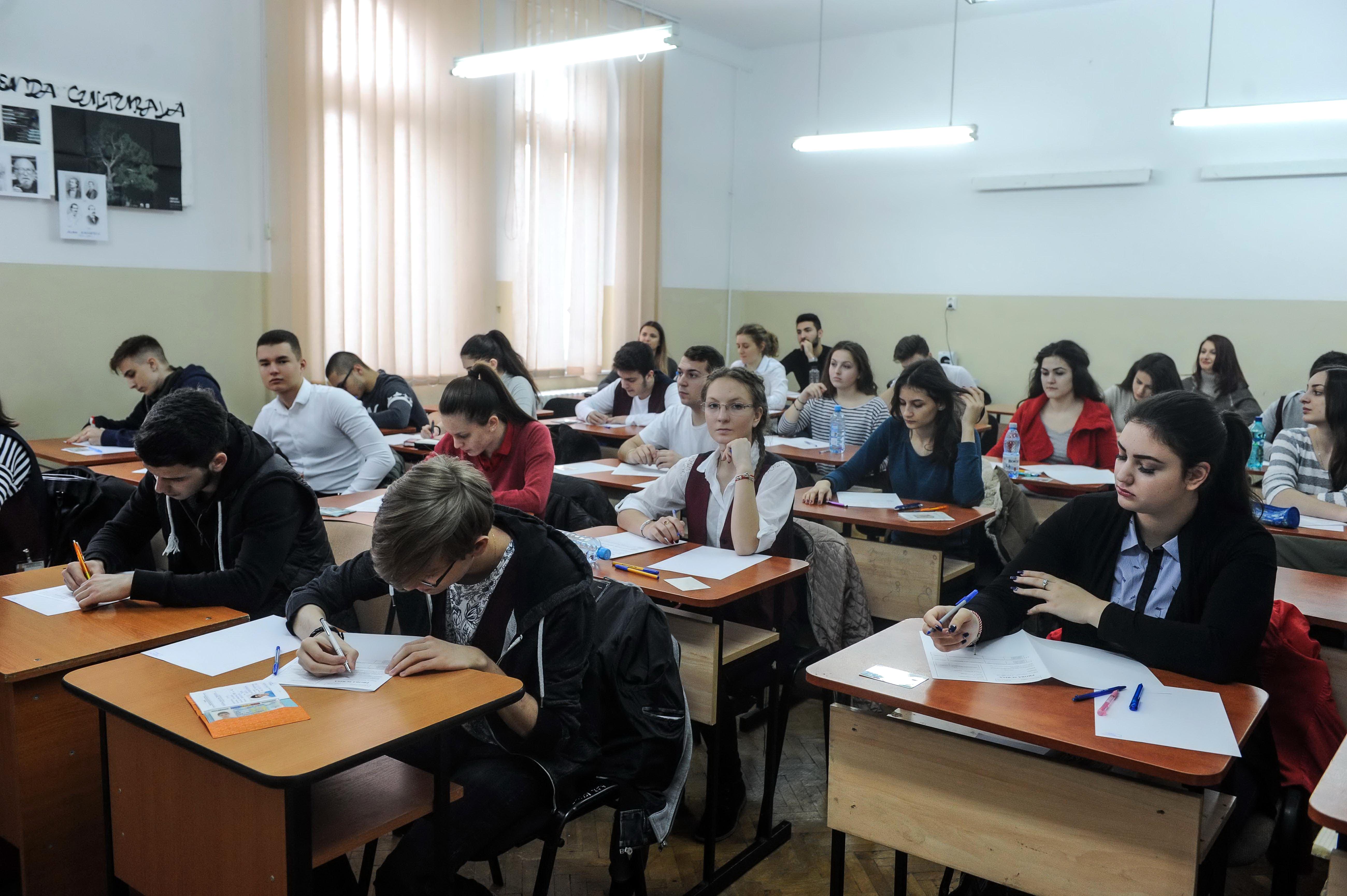 Subiecte și barem de corectare BAC 2018 la Limba și Literatura Română au fost publicate
