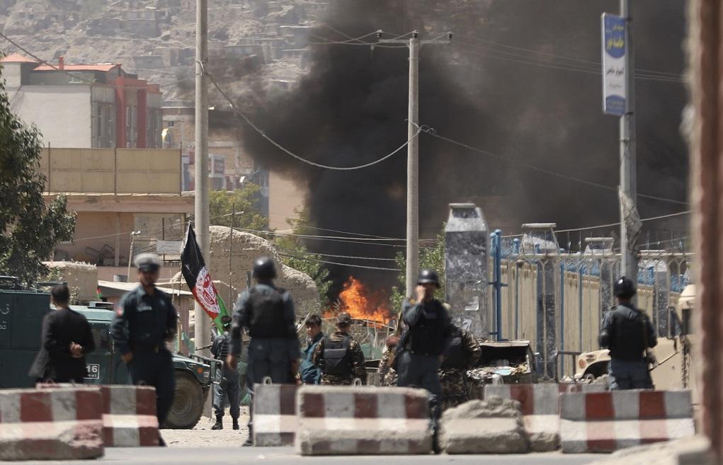 Capitala Afganistanului, asediată de Statul Islamic. Jihadiştii au încercat să-l ucidă pe preşedinte