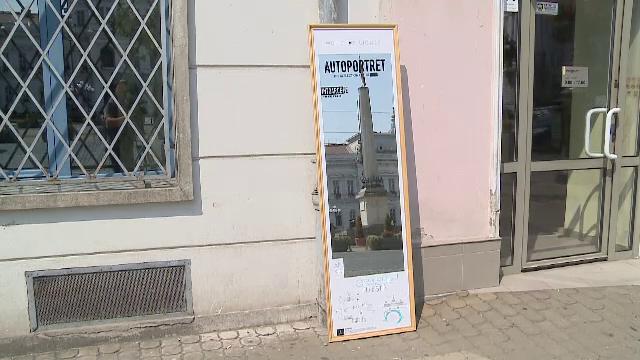 Campanie inedită în Arad. 50 de oglinzi uriaşe se afla în aceste zile pe străzile oraşului