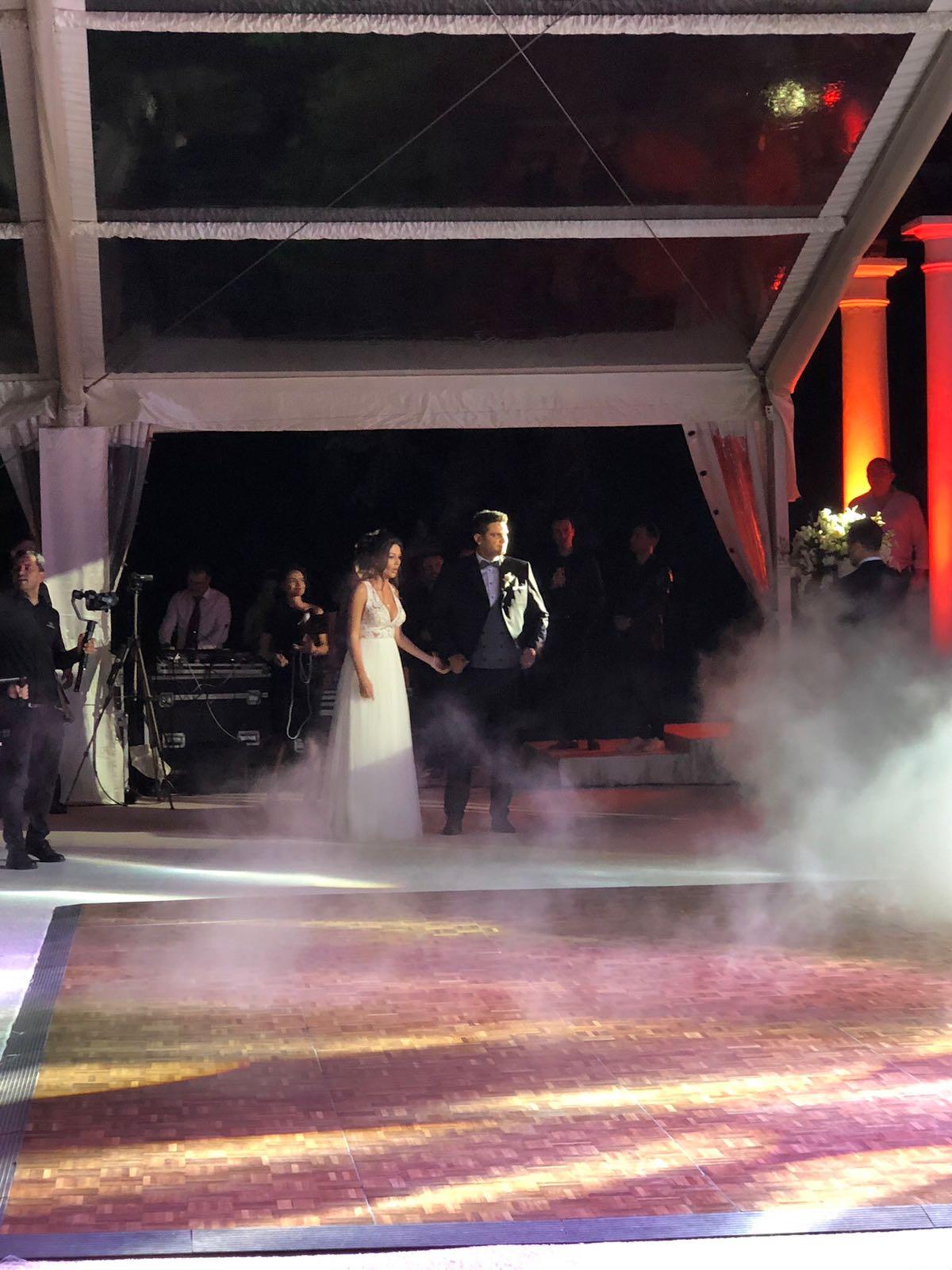 Nunta fiului lui Dragnea, în imagini. Cum au sărbătorit Valentin și Gina. FOTO