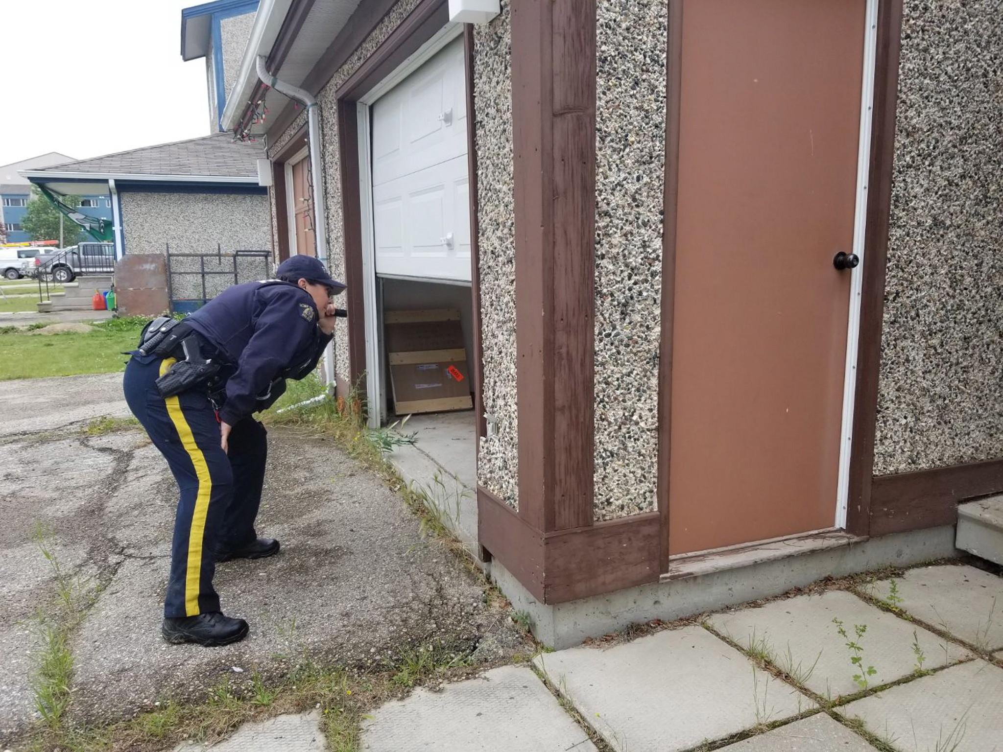 """Cazul copilului român din Canada care a sunat la 911: """"În câteva minute poliția a venit"""""""
