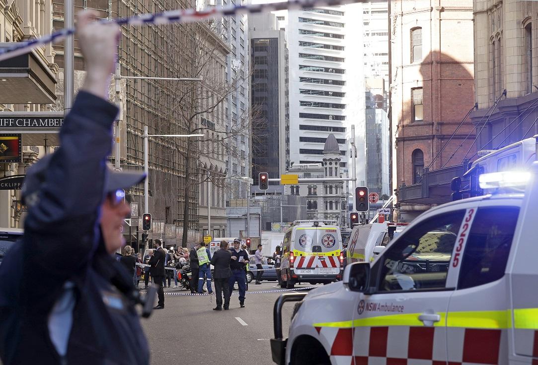 Atac cu armă albă în Sydney, comis de un bărbat care striga
