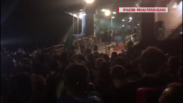 Haos la plecarea românilor din Samothraki. Gestul făcut de o mamă pentru un loc pe feribot
