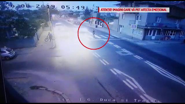 Un turist a fost spulberat de o mașină pe trecerea de pietoni, în Eforie Nord