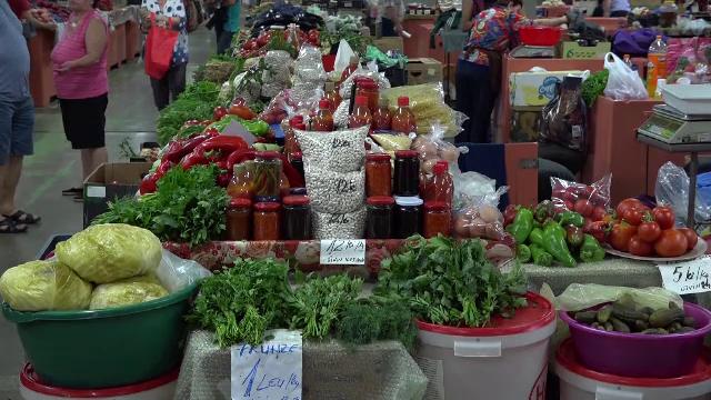 Legumele pentru conserve, tot mai scumpe. Explicațiile comercianților