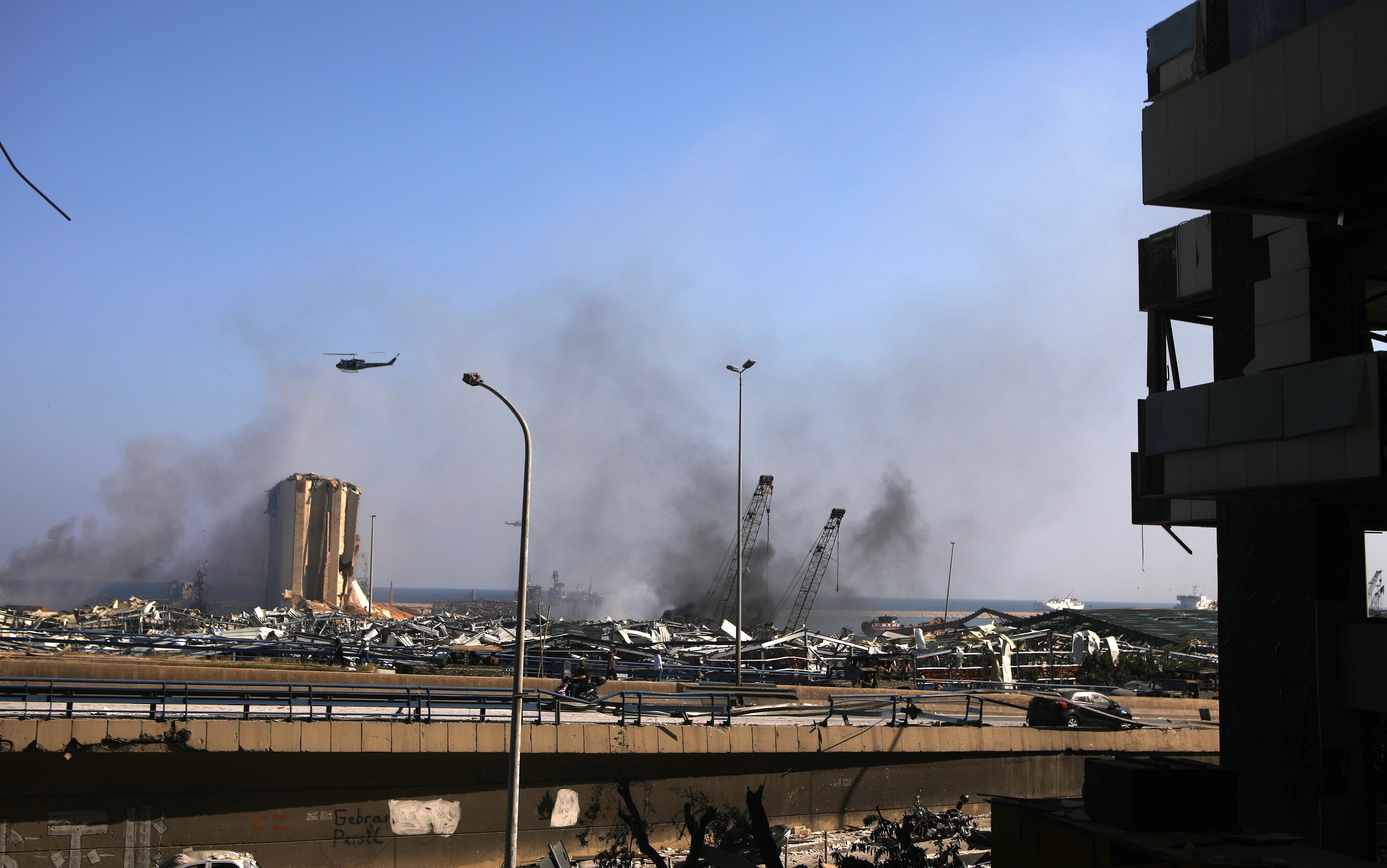 Explozie puternică în Liban, la un depozit de armament al Hezbollah. Mai mulți răniți