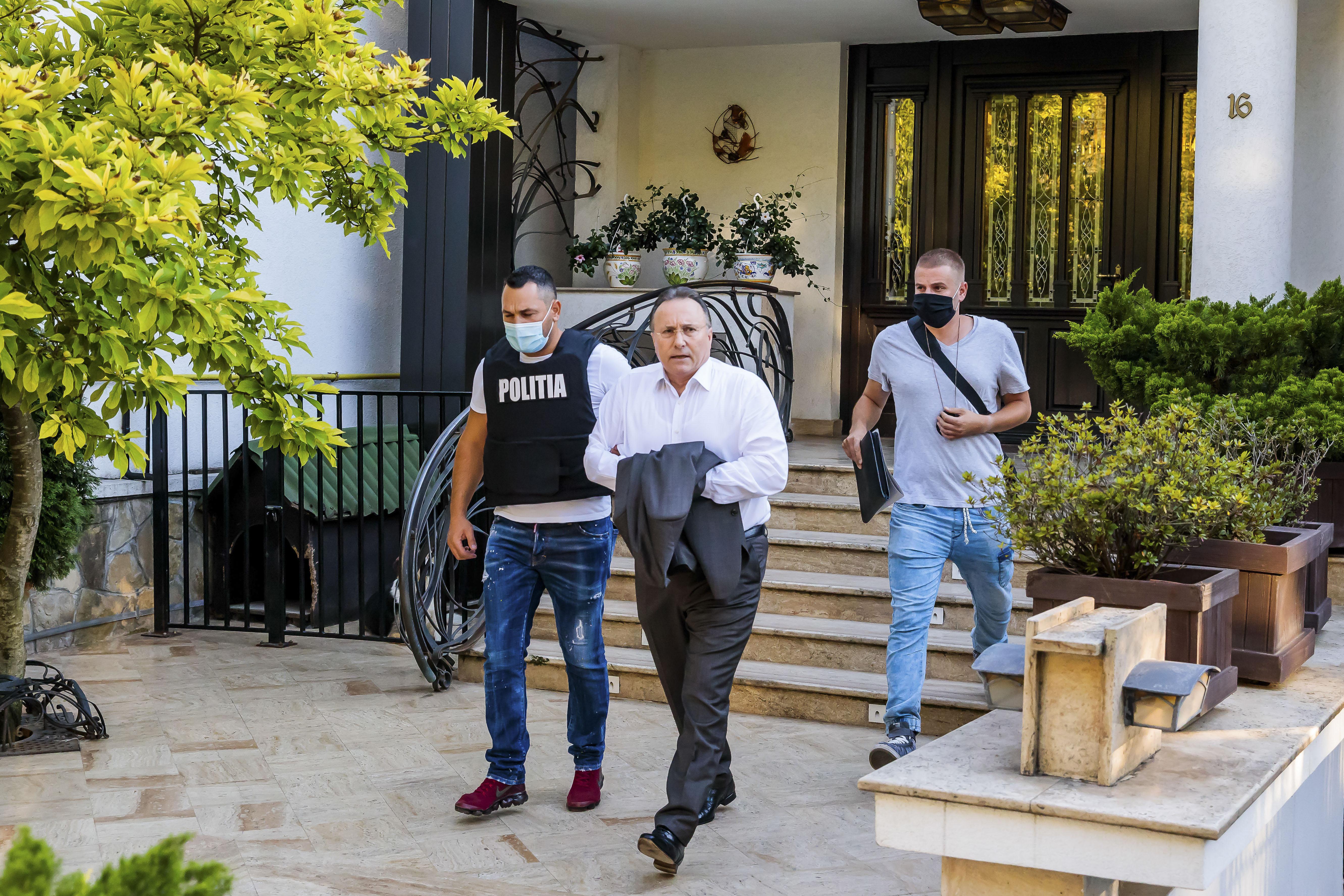 Fostul primar al Iaşului Gheorghe Nichita, condamnat cu executare pentru că şi-a spionat amanta