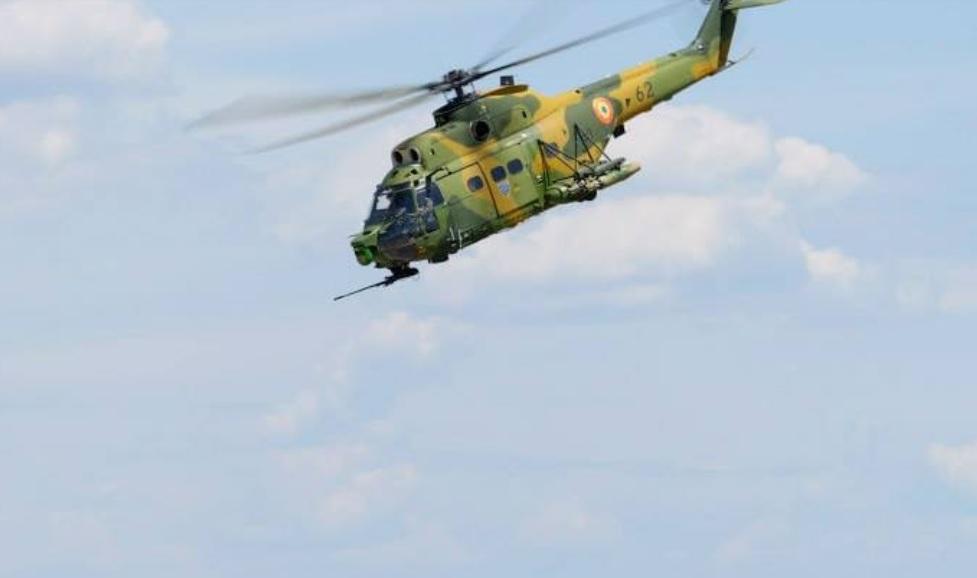 Elicopter al Forţelor Aeriene Române, răsturnat de o furtună puternică în Mali