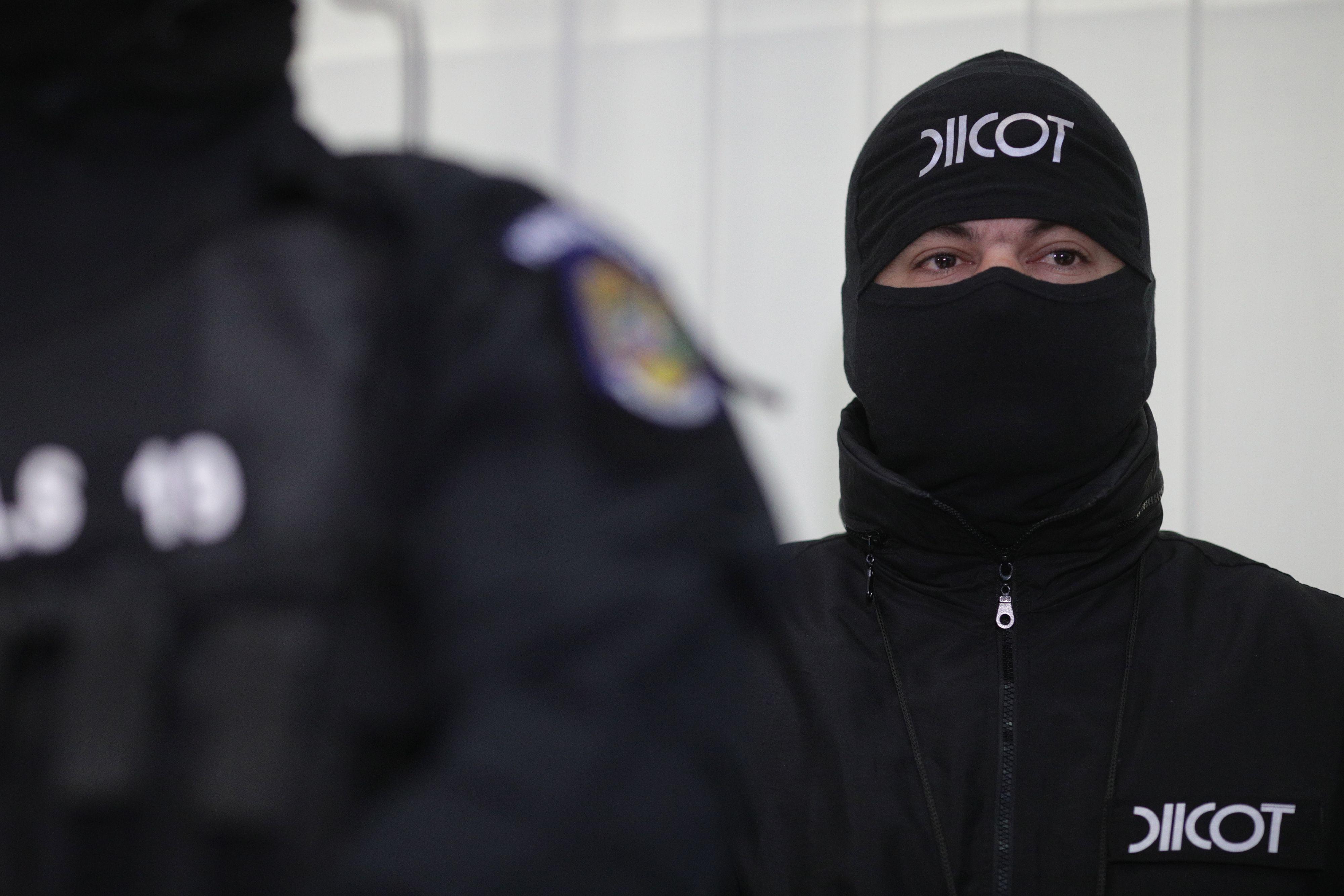 Doi bărbaţi din Călărași au fost reţinuţi pentru trafic de minori şi trafic de persoane