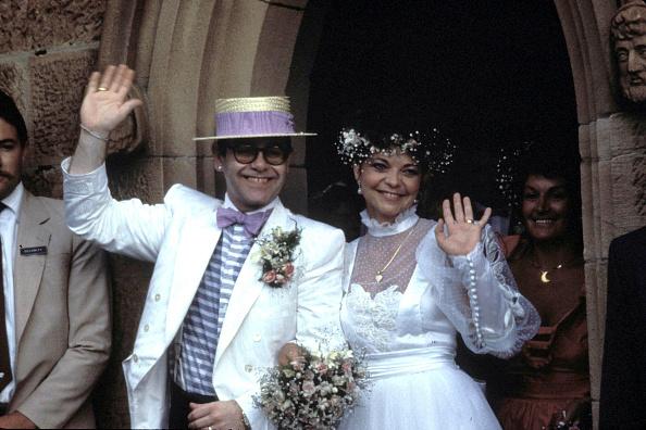 Fosta soţie a lui Elton John a încercat să se sinucidă în luna de miere din cauza lui. Ce i-a spus artistul