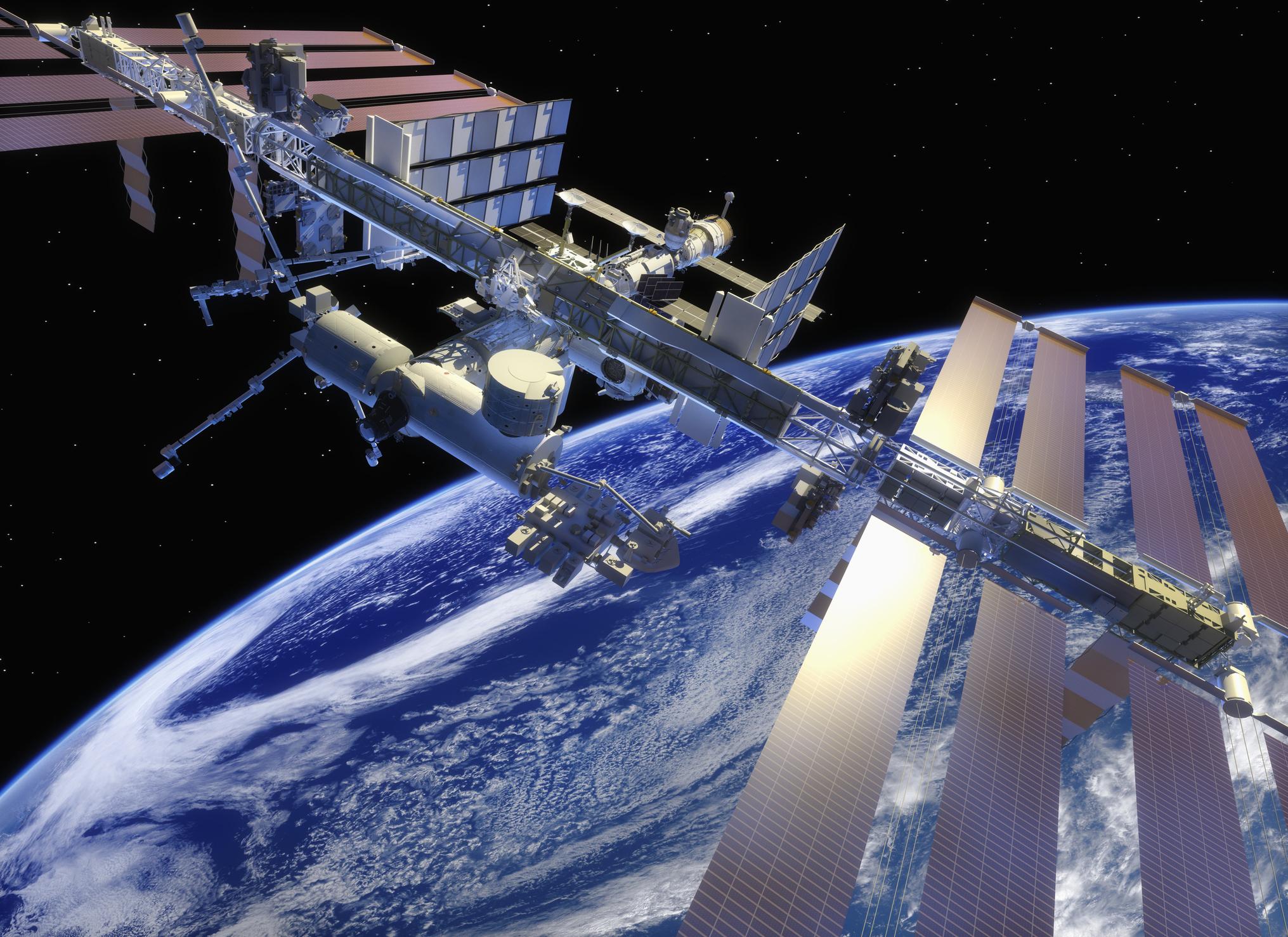 Staţia Spaţială Internaţională se vede luni seara cu ochiul liber, din București