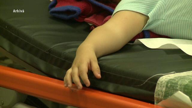 Rasturnare de situatie in cazul copiilor care au murit la Iasi. Ar fi fost otraviti de pastile puse chiar de mama lor