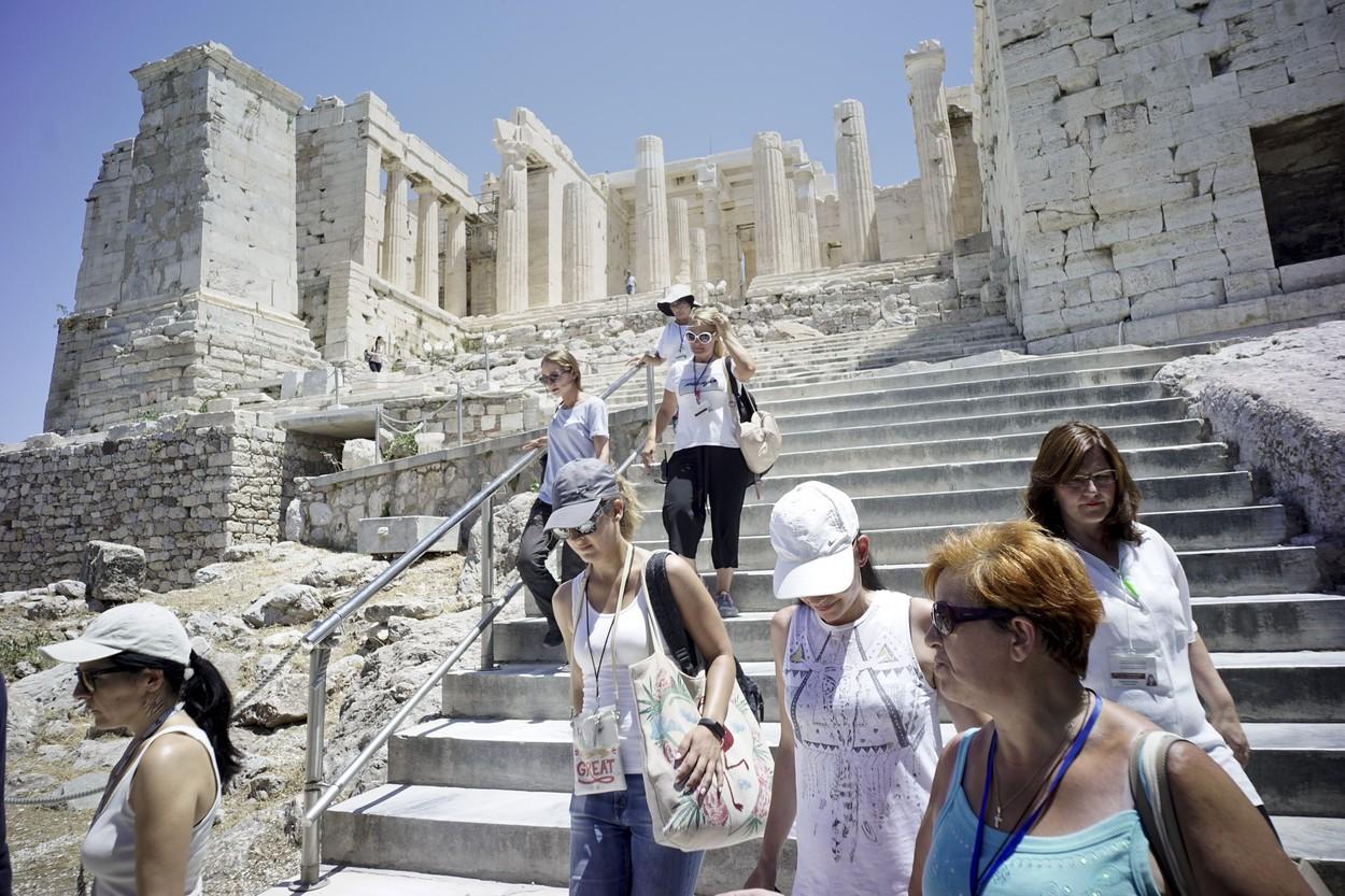 """Premierul Mitsotakis: Grecia, lovită de """"cea mai gravă caniculă din 1987"""", când au murit peste 1.000 de oameni"""