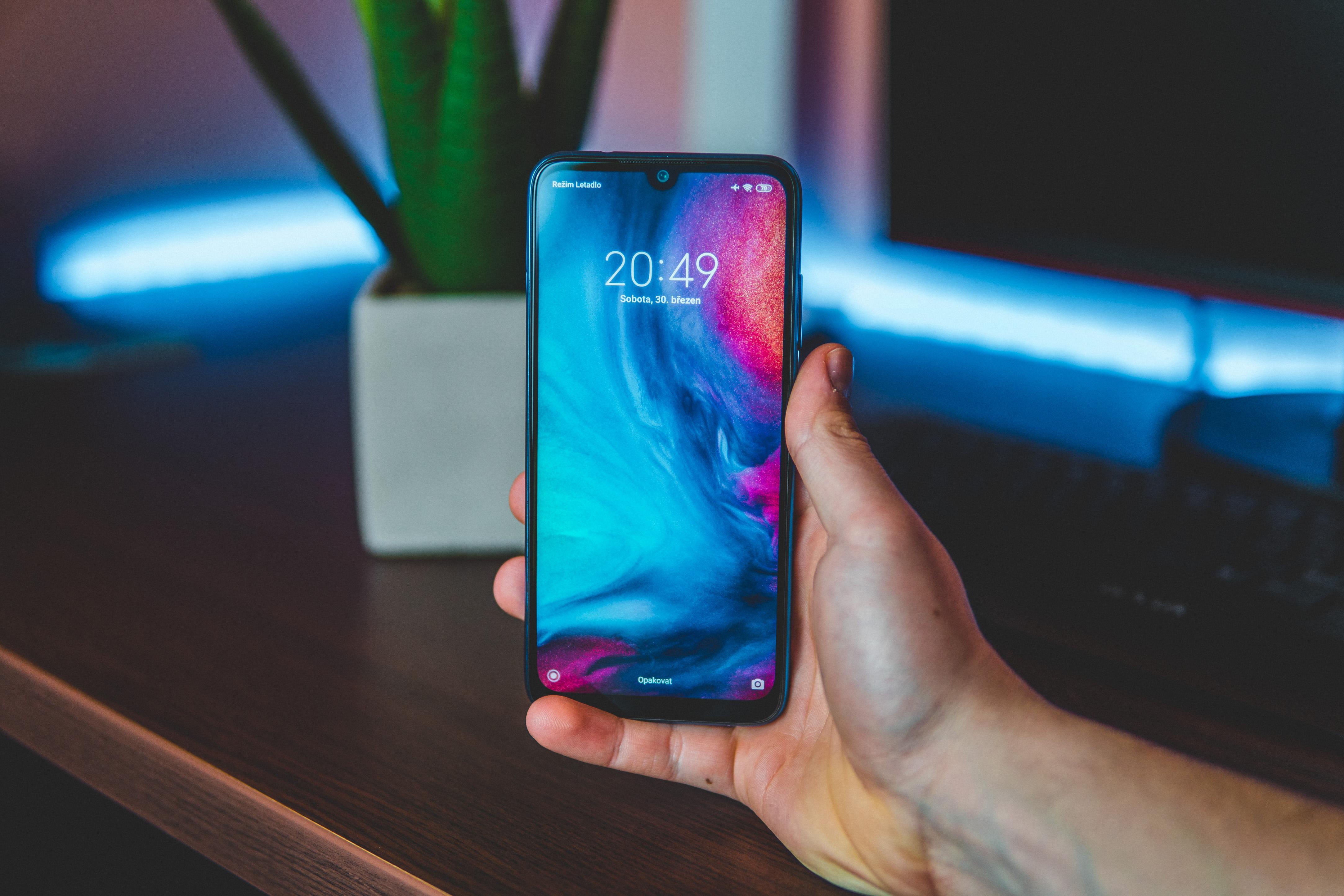 Xiaomi este pe locul întâi în Europa, după numărul de telefoane vândute. Cum a reușit să depășească Samsung