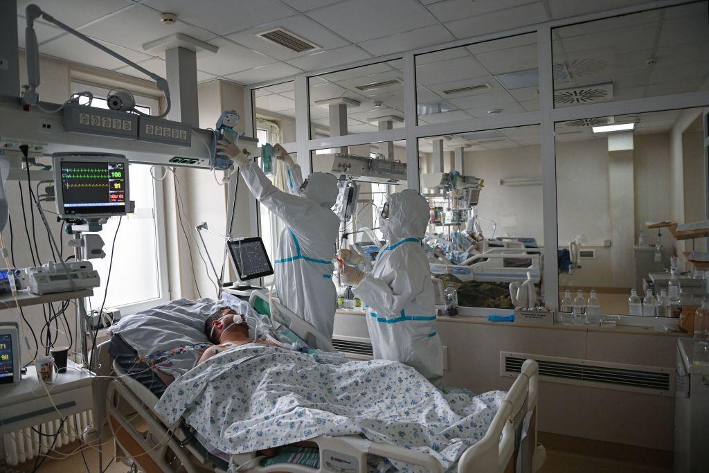 """Managerul Spitalului Victor Babeș, mesaj pentru nevaccinați: """"Vor să moară sau să fie legați de un tub de oxigen pe viață?"""""""