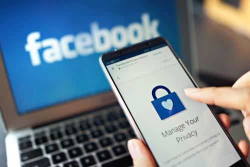 Avertisment CERT-RO: Aveți grijă dacă primiți acest gen de notificări pe Facebook