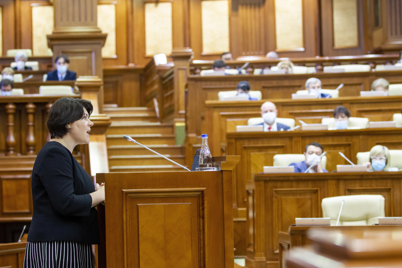 Noul Guvern al Republicii Moldova, condus de Natalia Gavriliță, a primit votul de încredere