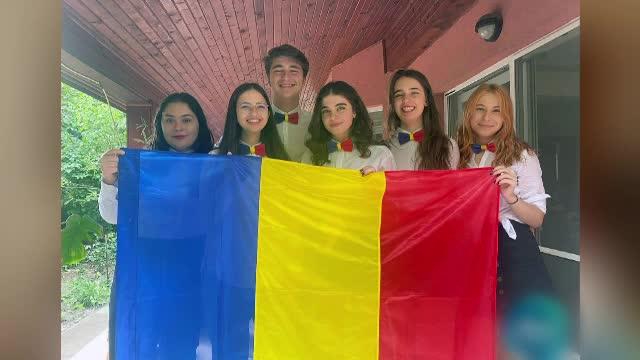 Echipa națională a României la Dezbateri pentru elevi s-a calificat în primele 16 echipe la Campionatul Mondial