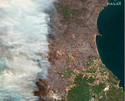 Incendiile din Grecia se văd din spațiu. Imaginile surprinse din sateliți. VIDEO