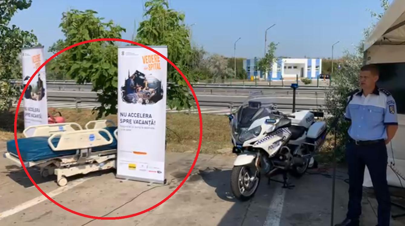 Poliţiştii au pus un pat de spital la o benzinărie, să atragă atenția șoferilor pe autostradă