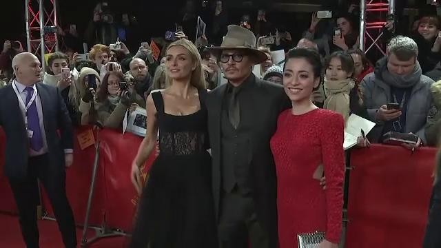 Protest al femeilor care activează în cinematografia spaniolă, după ce Johnny Depp a fost premiat la San Sebastian