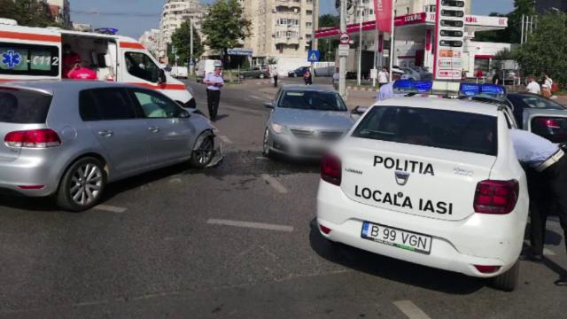 VIDEO. Ce a făcut un tânăr de 18 ani care conducea o mașină furată după ce a provocat un accident în Iași
