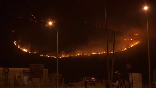 Alertă în Macedonia de Nord. Incendiile au ajuns până în apropierea capitalei Skopje