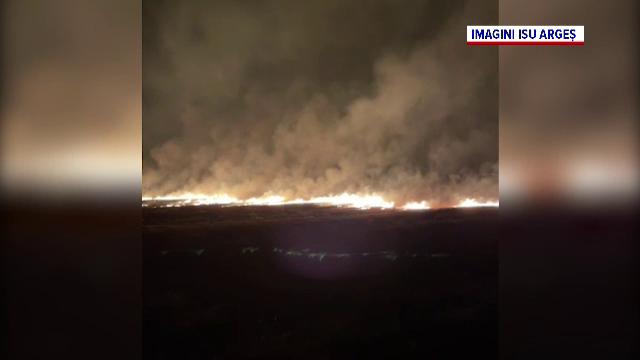 Incendii masive de vegetație în Argeș. De la ce au pornit flăcările