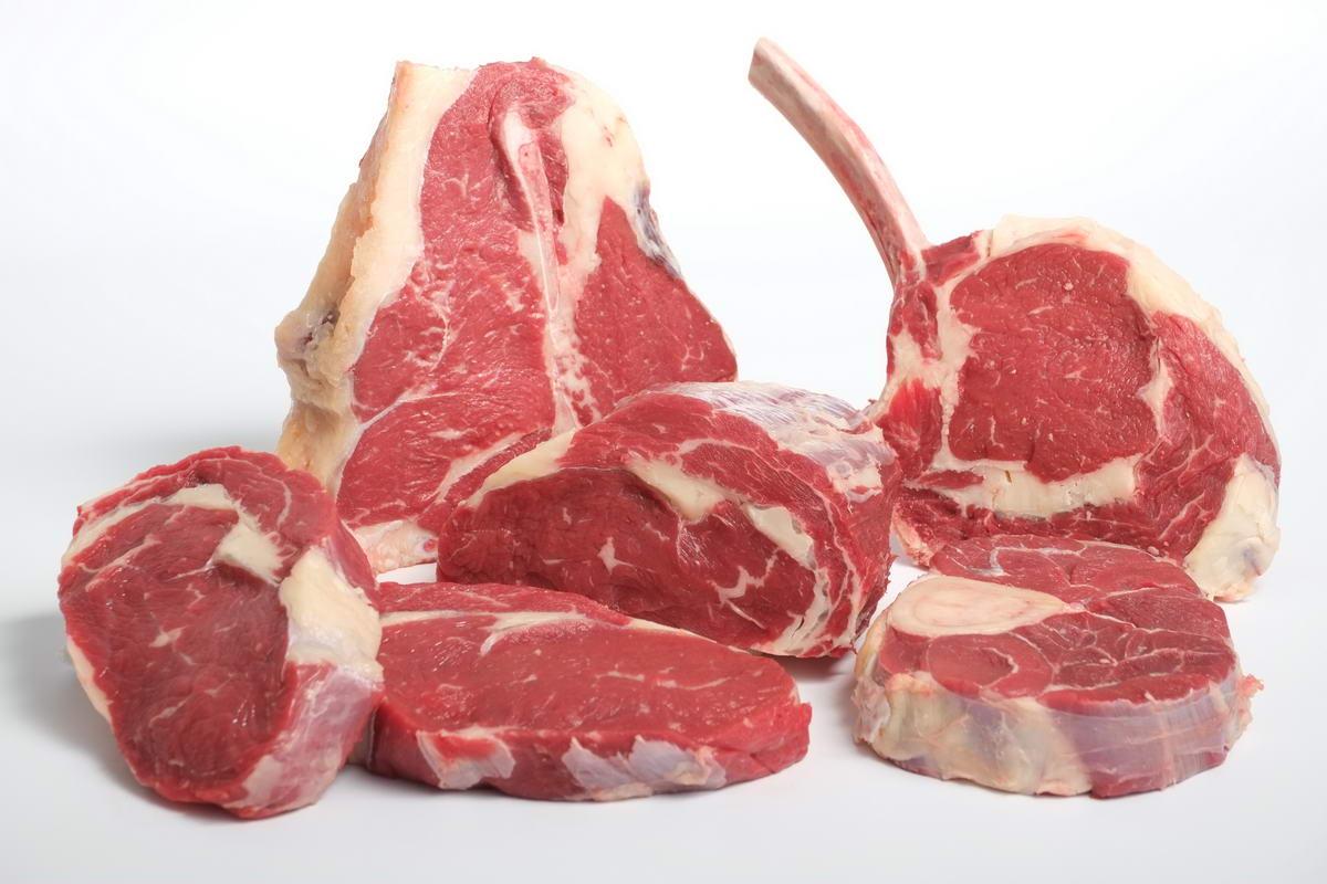 Prețuri mai mari la carnea de vită. Cât a ajuns să coste un kilogram
