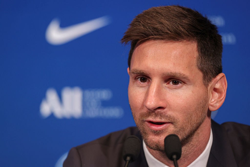 După Messi, PSG mai pregătește un transfer-bombă. Ar putea avea cel mai bun atac din istoria fotbalului