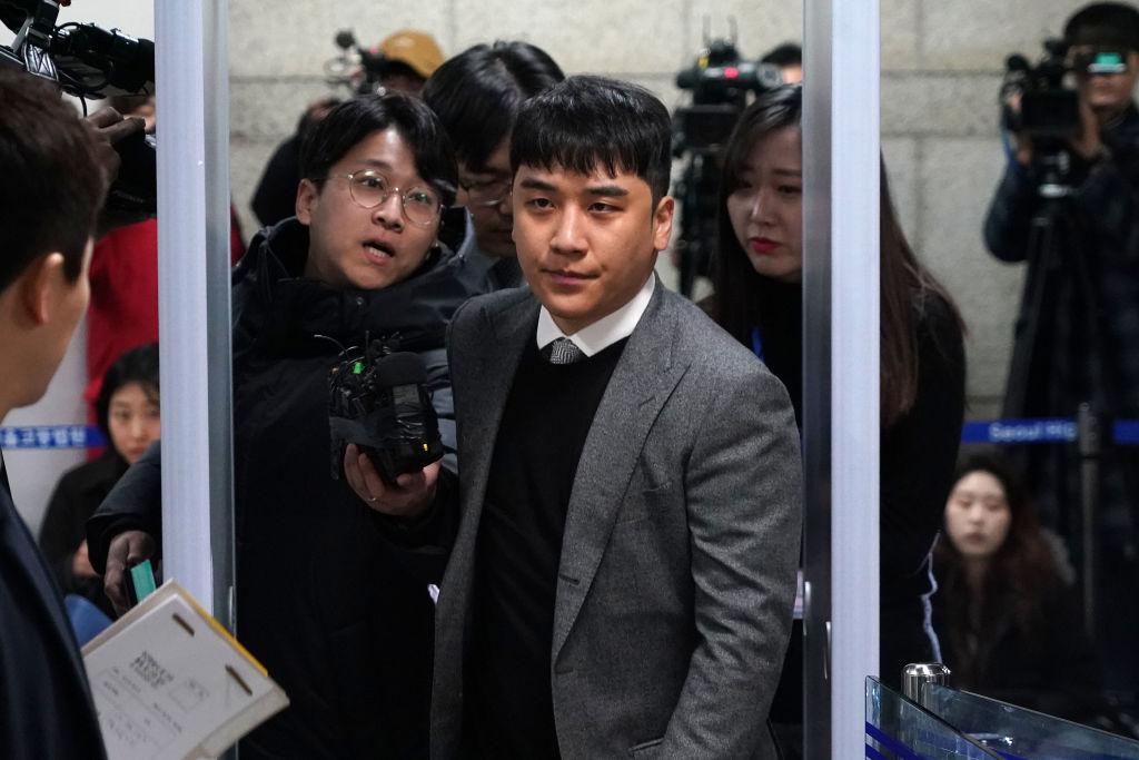 Solistul Seungri, condamnat la trei ani de închisoare într-un dosar cu prostituate de lux