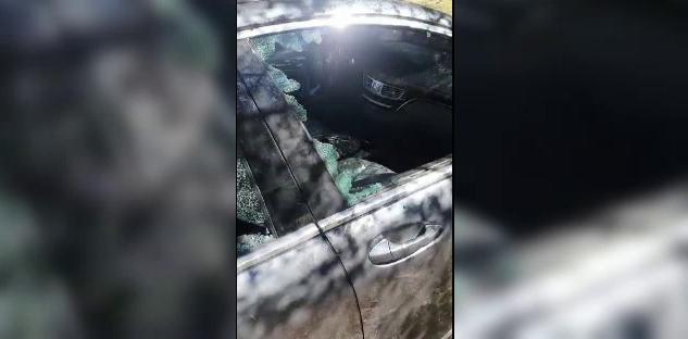 Scandal cu bâte și lopeți în Eforie Nord. Un bărbat a fost alergat pe străzi, iar mașina acestuia a fost distrusă