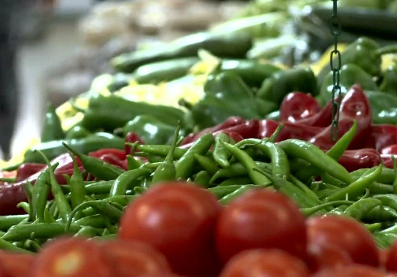 Se schimbă regulile la producerea alimentelor, laptelui, la fructe și legume. Măsurile Comisiei Europene